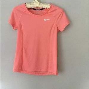 Nike activewear  top size XS dry fit